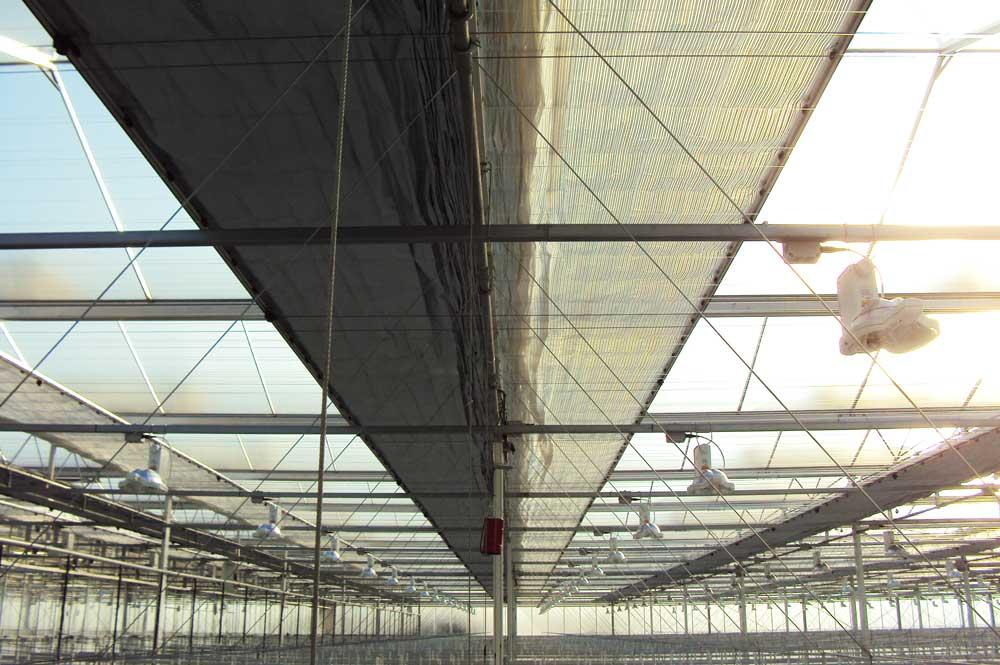 Schirmanlage für Energieeinsparung